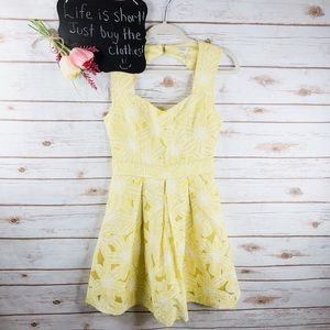 Soieblu floral keyhole sleeveless fit flare dress